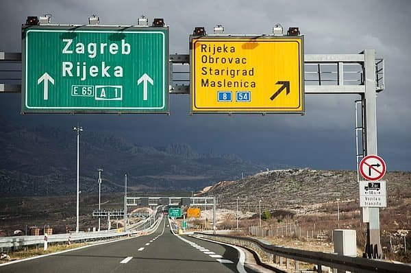 Az útdíjak készpénz nélküli feldolgozása az UTA-val Horvátországban