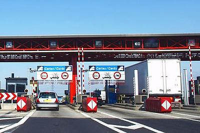 Pass through toll stations easily - with the UTA toll service