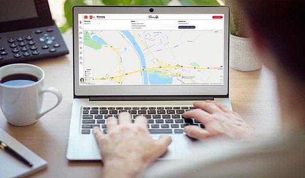 UTA SmartCockpit® utilisé sur un ordinateur portable